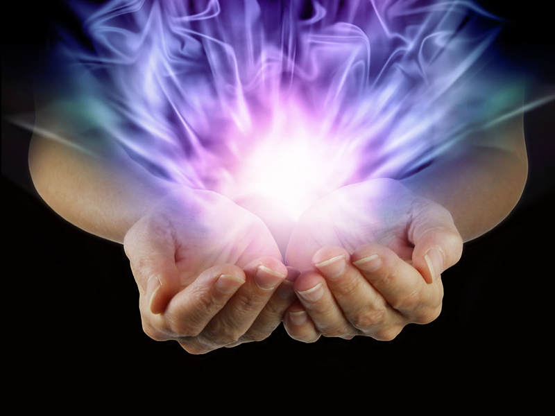 hands with healing energy